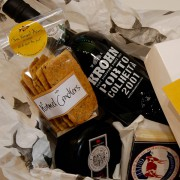 port-and-cheese-hamper